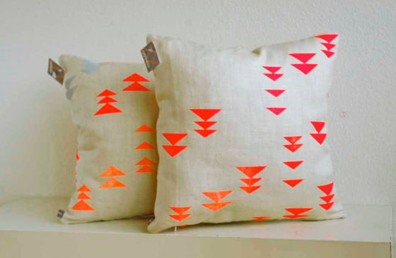 2Triangle Pillows
