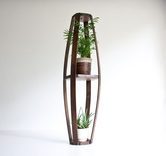 Wood_HangingPlanter2
