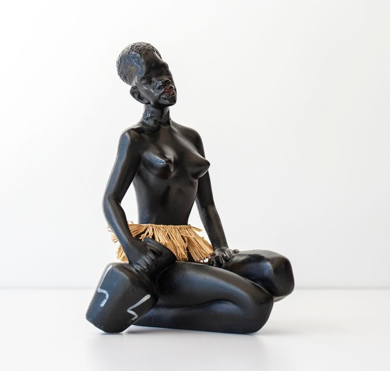 AfricanGirl_Figurine1